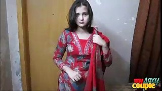 Indian cute girl Jyoti from Delhi changing dress red bra boobs show
